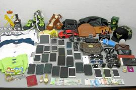 Prisión para los miembros de una banda especializada en el robo de móviles