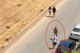 Vecinos de Sant Antoni denuncian a una pareja de jóvenes reventadores de coches
