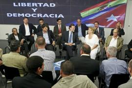 Rajoy se ofrece a los disidentes cubanos para mejorar su acogida en España