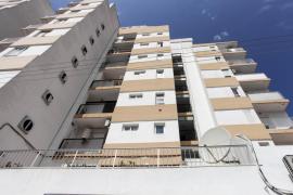 Fallece un hombre precipitado en un edificio de Sant Antoni
