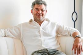 Carlos Berrozpe: «No para de entrar gente al Montesol sorprendida por la transformación»