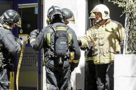 Detenido un hombre de 58 años como autor confeso de un incendio que quema un edificio en Sant Antoni