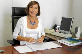 Pilar Carbonell: «No sabemos cuántos vehículos de rent a car transitan por las carreteras de las Islas»