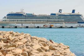 Eivissa recibe el segundo mayor crucero de esta temporada con 317 metros de eslora