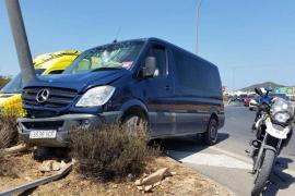 Una niña de un año resulta herida en un accidente de tráfico en Can Tomàs