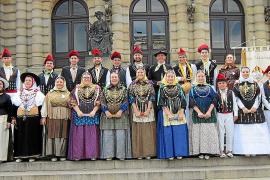 Sa Colla d'Aubarca lleva el 'ball pagès' a Praga