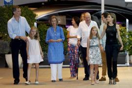 La Familia Real al completo y la infanta Elena se reúnen en una cena en Portals