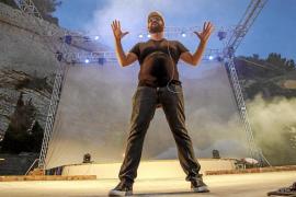 El mundo de 'Fantasía' canta y ríe con la Eivissa más auténtica