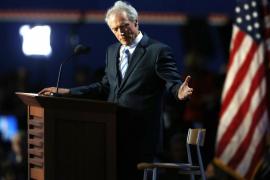 Clint Eastwood muestra su simpatía por Trump frente a los «lameculos»