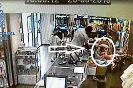 Detenido un hombre en Vila por robar en carritos de bebé