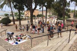 El PP denuncia la venta ambulante ilegal en los puntos más turísticos de Palma