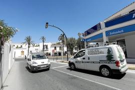 Vecinos de es Cubells y el PP quieren que los semáforos sigan funcionando