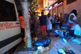 Accidente múltiple en Vila de una ambulancia, varias motos y un coche