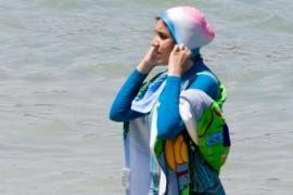 El veto al 'burkini' se extiende en las playas francesas