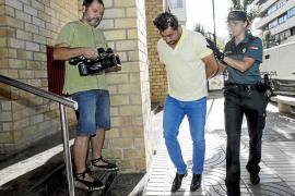 Multa de 700 euros por insultar a los guardias civiles del aeropuerto