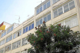 La Federación Hotelera reclama las medidas de Colau para el alquiler turístico