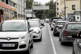 Vila estudia ampliar las plazas de los aparcamientos disuasorios en la ciudad