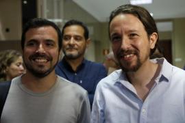 Iglesias asegura que Sánchez y él dialogarán si Rajoy falla