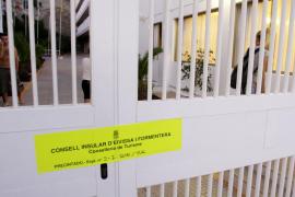 Precintados los apartamentos Panoramic y Atzaró, propiedad de Grupo Playa Sol