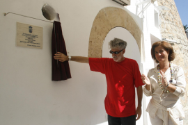 El Ayuntamiento de Vila recuerda a los hermanos Joan y Vicent de na Dolors