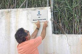 María Teresa León, primera mujer de Alberti, ya tiene la placa de su calle en Platja d'en Bossa