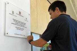 El hospital de Formentera retira el nombre de Jaume Matas de su placa