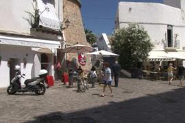 Multa de 450 € para una pareja que se fue sin pagar de un restaurante y agredió a dos policías