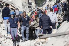 Españoles presentes en la zona: «Ha sido muy violento, la cama se movía como una barca»