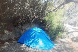La Policía Local de Vila desmantela un nuevo asentamiento en Puig des Molins
