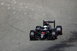 «Apaga, apaga» le dijeron a Alonso 200 metros después de salir al Circuito de Spa-Francorchamps