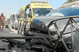 Heridos leves en un aparatoso accidente en cadena en Can Negre