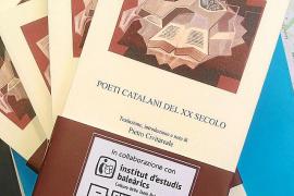 Una antología poética lleva al italiano los versos de escritores de las Islas