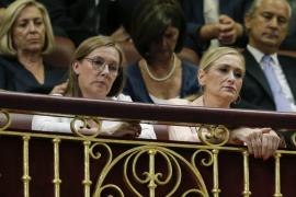 La mujer de Rajoy y los «barones» del PP le arropan en el discurso de investidura