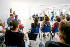 Los paradistas del Mercat Nou piden 'números' sobre el proyecto del futuro centro