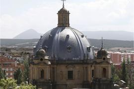 Pamplona activa la exhumación de los cuerpos de Mola y Sanjurjo del Monumento a los Caídos