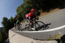 Quintana mantiene el liderato de la Vuelta en Bilbao