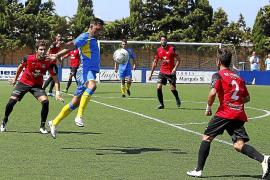 El Formentera utilizará toda su pólvora para ganar al Lorca FC