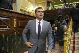 Rivera pide a PP y PSOE reflexión sobre por qué fracasan sus candidatos