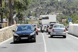 El Consell asume que no podrá limitar la flota de los 'rent a car' ni la entrada de vehículos