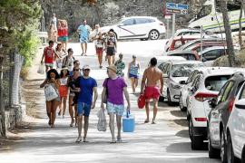 Ibiza recibirá este año más turistas que toda la isla de Cuba