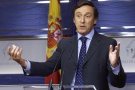 """El PP ve """"ridículo"""" que De Guindos acuda a un pleno urgente por el caso Soria"""
