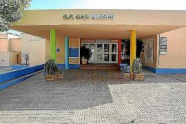 Educació niega la asistencia a tres alumnos de Can Misses con necesidades especiales