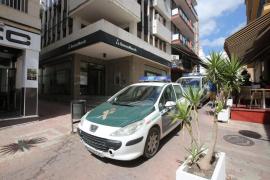 Buscan a los autores de un atraco con arma blanca en una oficina bancaria de Sant Antoni
