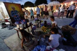 Las Dalias rinde homenaje a su fundador