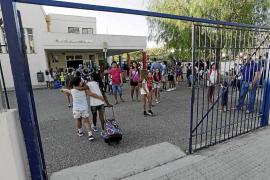 El curso escolar arranca con quejas por falta de infraestructuras y de personal de refuerzo