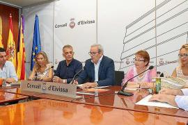 Vicent Torres dice que Eivissa no puede vivir «a remolque» de los récords turísticos