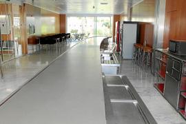 La cafetería del Consell se convertirá en un centro de promoción del producto local