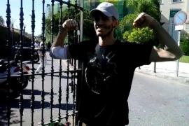 Pablo Ráez, el joven con leucemia, sale del hospital tras 62 días