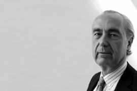 Luis Alberto de Cuenca, premio Antonio de Sancha