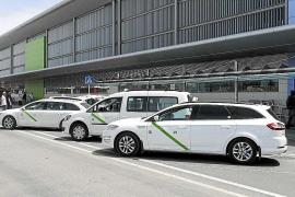 Los taxistas califican de «fracaso» el plan del Govern contra el intrusismo